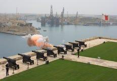 Πυροβόλο όπλο Valletta, Μάλτα χαιρετισμού Στοκ εικόνες με δικαίωμα ελεύθερης χρήσης