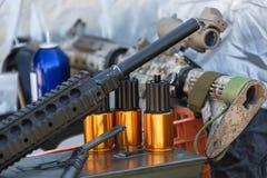 Πυρομαχικά στην κινηματογράφηση σε πρώτο πλάνο όπλων Στοκ εικόνα με δικαίωμα ελεύθερης χρήσης