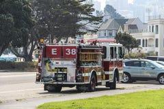 Πυροσβεστικό όχημα στις οδούς του Σαν Φρανσίσκο Στοκ εικόνα με δικαίωμα ελεύθερης χρήσης