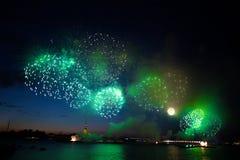 Πυροτεχνήματα Αγίου Πετρούπολη στοκ φωτογραφία με δικαίωμα ελεύθερης χρήσης