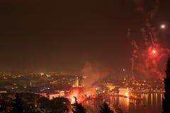 Πυροτεχνήματα επάνω από τη διάσπαση Στοκ Εικόνες