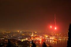 Πυροτεχνήματα επάνω από τη διάσπαση Στοκ φωτογραφίες με δικαίωμα ελεύθερης χρήσης