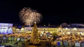 Πυροτεχνήματα ημέρας της ανεξαρτησίας στο Ελσίνκι, Φινλανδία στις 6 Δεκεμβρίου, στοκ φωτογραφία με δικαίωμα ελεύθερης χρήσης