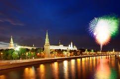 12 2011 πυροτεχνήματα Ιούνιος Κρεμλίνο Μόσχα πέρα από τη Ρωσία Στοκ Εικόνα