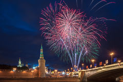 12 2011 πυροτεχνήματα Ιούνιος Κρεμλίνο Μόσχα πέρα από τη Ρωσία Στοκ φωτογραφίες με δικαίωμα ελεύθερης χρήσης