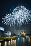 Πυροτεχνήματα και Παραμονή Πρωτοχρονιάς στοκ φωτογραφία με δικαίωμα ελεύθερης χρήσης
