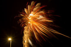 Πυροτεχνήματα και φωτεινός σηματοδότης Στοκ εικόνες με δικαίωμα ελεύθερης χρήσης