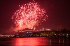 Πυροτεχνήματα πέρα από τη Μπρατισλάβα στοκ εικόνες