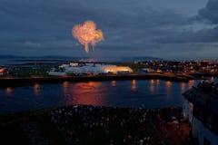 Πυροτεχνήματα πέρα από Claddagh Στοκ εικόνες με δικαίωμα ελεύθερης χρήσης