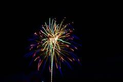 πυροτεχνήματα τέταρτος Ιούλιος Στοκ φωτογραφία με δικαίωμα ελεύθερης χρήσης