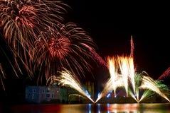 Πυροτεχνήματα του Leeds Castle Στοκ φωτογραφία με δικαίωμα ελεύθερης χρήσης