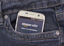 Πωλητής app του Αμαζονίου στη Samsung S7 Στοκ Εικόνα