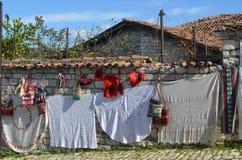 Πωλώντας αναμνηστικά στα Βεράτιο, Αλβανία στοκ φωτογραφίες με δικαίωμα ελεύθερης χρήσης