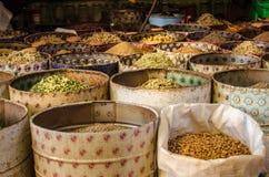 Πωλητής καρυκευμάτων σε μια αγορά, Μαρόκο Στοκ Φωτογραφίες