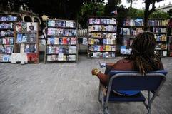 Πωλώντας βιβλία στην Αβάνα Στοκ εικόνες με δικαίωμα ελεύθερης χρήσης