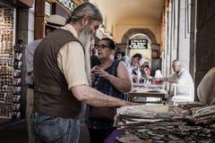 Πωλώντας παλαιά νομίσματα Στοκ Φωτογραφία