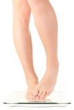 πόδια γυναικών κλίμακας Στοκ εικόνες με δικαίωμα ελεύθερης χρήσης