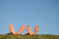 πόδια ζευγών στοκ φωτογραφία με δικαίωμα ελεύθερης χρήσης