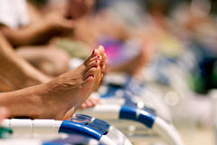 πόδια θηλυκών sunbather Στοκ Εικόνα