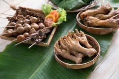 πόδια κοτόπουλου που τη ινδονησιακός angkringan Στοκ Φωτογραφία