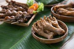 πόδια κοτόπουλου που τη ινδονησιακός angkringan Στοκ Φωτογραφίες