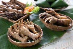 πόδια κοτόπουλου που τη ινδονησιακός angkringan Στοκ Εικόνες