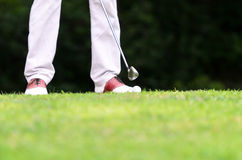 πόδια παικτών γκολφ Στοκ φωτογραφία με δικαίωμα ελεύθερης χρήσης
