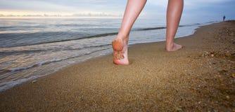 πόδια που οι νεολαίες γ&u Στοκ Φωτογραφίες