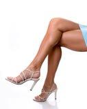 πόδια τακουνιών προκλητικά Στοκ φωτογραφία με δικαίωμα ελεύθερης χρήσης