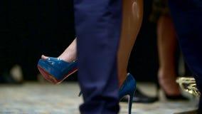 Πόδια της γυναίκας απόθεμα βίντεο