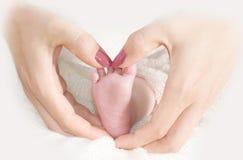 Πόδι ενός νεογέννητου μωρού Στοκ εικόνες με δικαίωμα ελεύθερης χρήσης