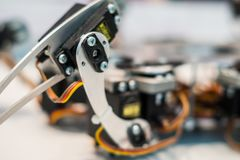 Πόδι μετάλλων του ρομπότ αραχνών Στοκ Φωτογραφίες