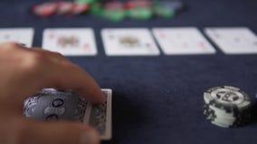 πόκερ Υπάρχουν πέντε κάρτες στον πίνακα τυχερού παιχνιδιού φιλμ μικρού μήκους
