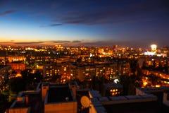 Πόλη νύχτας, εικονική παράσταση πόλης bokeh, θολωμένη φωτογραφία, θολωμένο πόλη υπόβαθρο Στοκ Φωτογραφία
