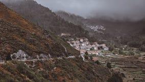 Πόλη στους λόφους στοκ εικόνες
