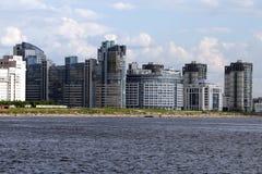 πόλη σύγχρονη Πετρούπολη sankt Στοκ Εικόνες