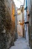 Πόλη της Ιταλίας Ortona στην αδριατική θάλασσα με το μεγάλο μεσαιωνικό κάστρο λιμένων και τη συμπαθητική ιστορική περιοχή του κεν Στοκ Εικόνες