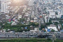 Πόλη της Μπανγκόκ και σύγχρονα κτίρια γραφείων κατά την εναέρια άποψη Στοκ φωτογραφία με δικαίωμα ελεύθερης χρήσης
