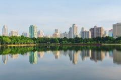 Πόλη της Μπανγκόκ στο κέντρο της πόλης στοκ εικόνα