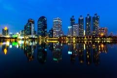 Πόλη της Μπανγκόκ τη νύχτα Στοκ φωτογραφία με δικαίωμα ελεύθερης χρήσης