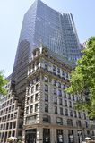 Πόλη της Νέας Υόρκης, στις 2 Ιουλίου: Κέντρο κτιρίου γραφείων της HSBC από τη Πέμπτη Λεωφόρος στο Μανχάταν από πόλη της Νέας Υόρκ Στοκ Εικόνες