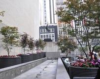 Πόλη της Νέας Υόρκης, την 1η Ιουλίου: Πεζούλι πύργων ατού από τη Πέμπτη Λεωφόρος στο Μανχάταν από πόλη της Νέας Υόρκης στις Ηνωμέ Στοκ Εικόνα