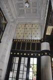 Πόλη της Νέας Υόρκης, την 1η Ιουλίου: Το εσωτερικό ξενοδοχείων Plaza από τη Πέμπτη Λεωφόρος στο της περιφέρειας του κέντρου Μανχά Στοκ Φωτογραφίες