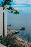 Πόλη της Ρωσίας, Βλαδιβοστόκ, στις 18 Αυγούστου 2015, θάλασσα, ακτή, πόλη στοκ εικόνα με δικαίωμα ελεύθερης χρήσης