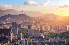 Πόλη της Σεούλ και στο κέντρο της πόλης ορίζοντας στην εναέρια, Νότια Κορέα στοκ εικόνες
