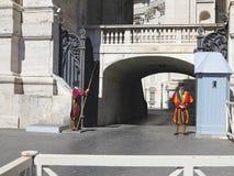 19 06 2017, πόλη του Βατικανού, Ρώμη, Ιταλία: Επισκοπική ελβετική φρουρά Στοκ φωτογραφίες με δικαίωμα ελεύθερης χρήσης