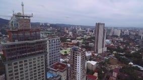 Πόλη του Κεμπού Ιδιαίτερα αστικοποιημένη πόλη στην επαρχία νησιών του Κεμπού σε κεντρικό Visayas, Φιλιππίνες απόθεμα βίντεο