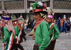 Πόλη του Μεξικού, Μεξικό 11 Δεκεμβρίου 2018: Οι προσκυνητές γιορτάζουν τους εορτασμούς στη βασιλική του Guadalupe στοκ φωτογραφία