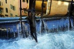 Πόλη του Annecy, κανάλι Thiou και αγορά τέχνης, κραμπολάχανο, Γαλλία Στοκ εικόνα με δικαίωμα ελεύθερης χρήσης