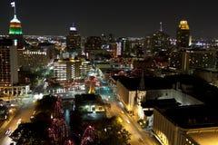 Πόλη του San Antonio τη νύχτα στην περίοδο διακοπών Στοκ Εικόνα